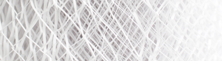 スーツの生地にも使われる合成繊維生地
