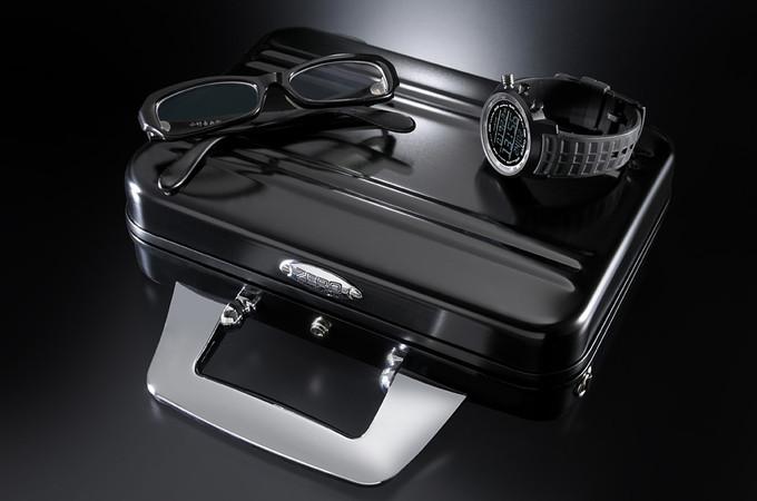 ゼロハリバートンのスーツケース