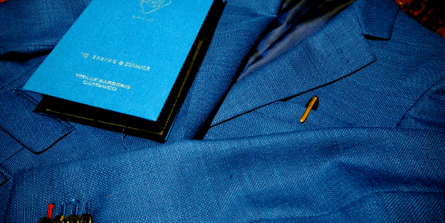 スーツ 袖