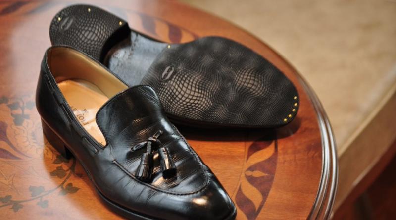 ARTIOLI 革靴