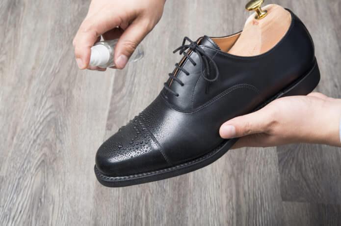 革靴 何足