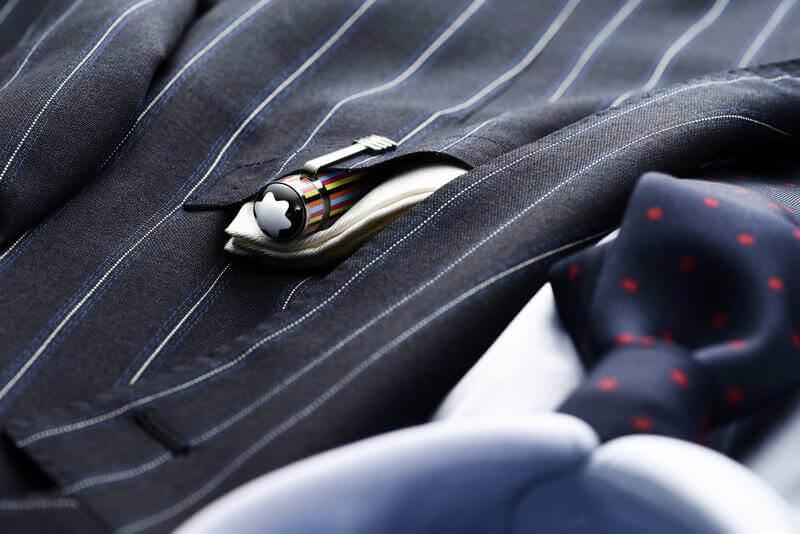 スーツ 胸ポケット ペン