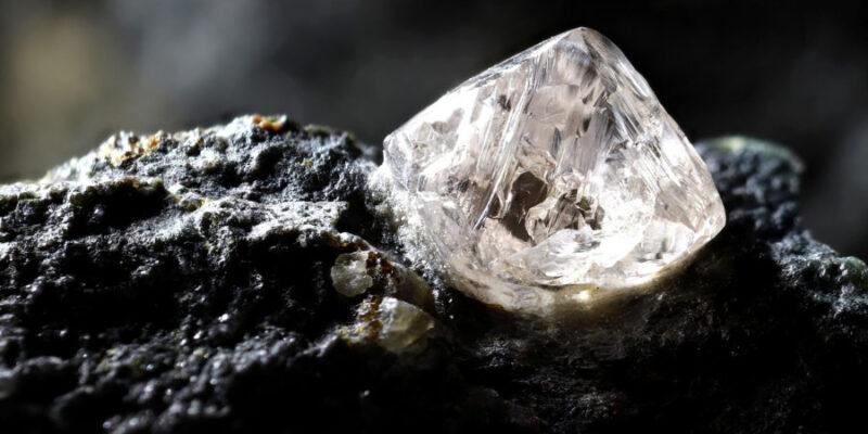 世界一 硬い石