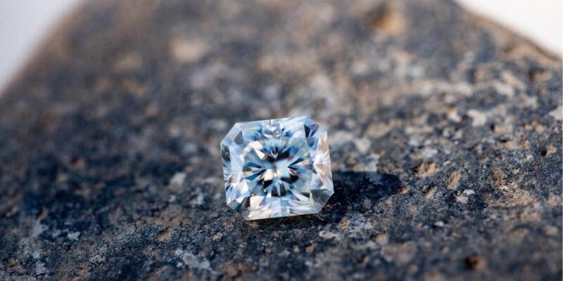 ダイヤモンド 傷